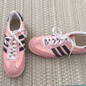 Adidas Dragon Sneakers Size 9 1/2 Pink and Gray